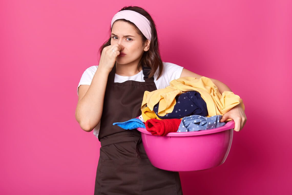 How to get rid of the fishy smell on clothes: fisherman's wife tips