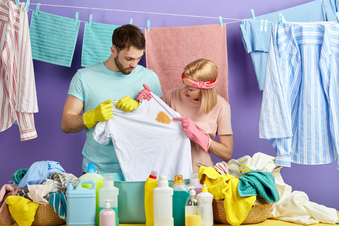 How to remove a greasy stain from clothes at home