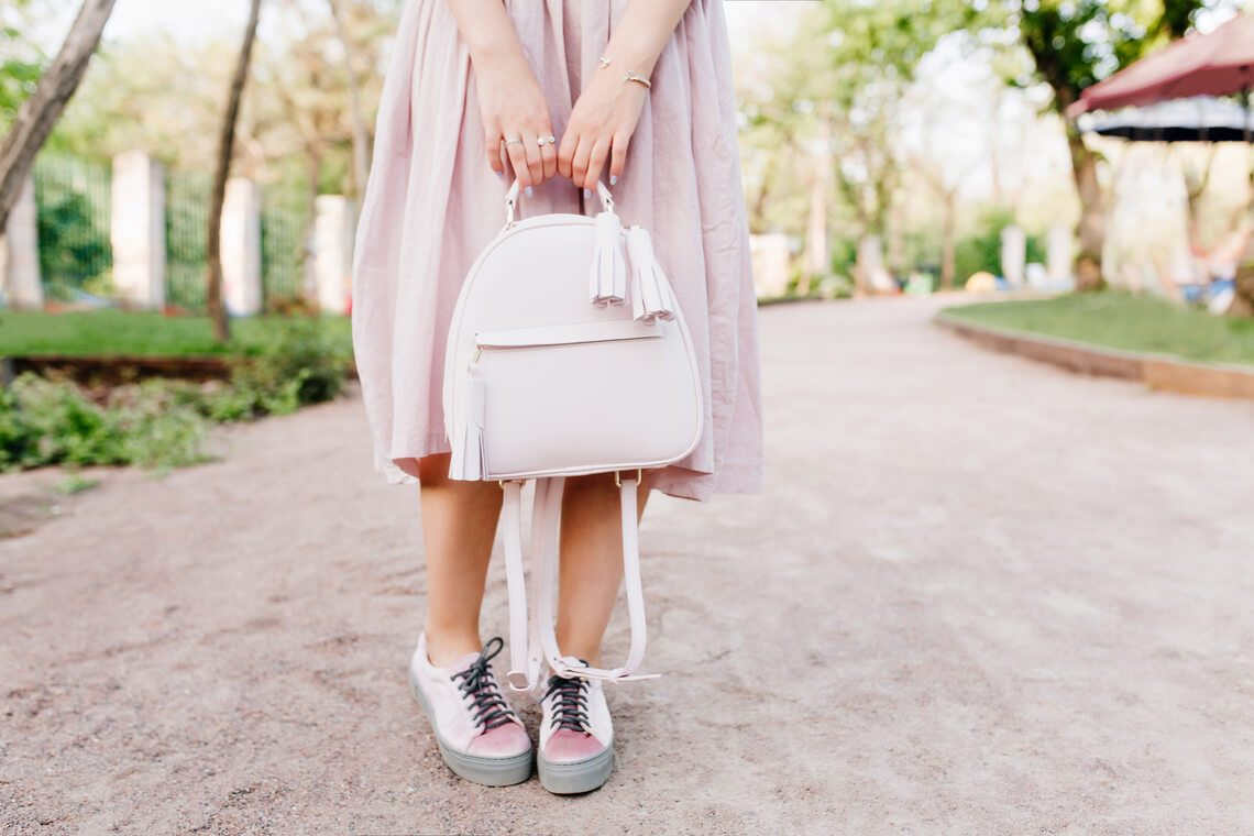 How to clean white leather bag: Express tips
