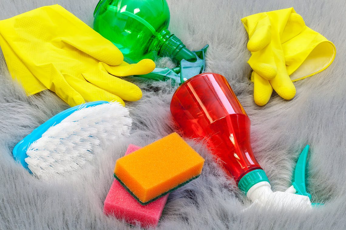 Cleaning faux fur at home