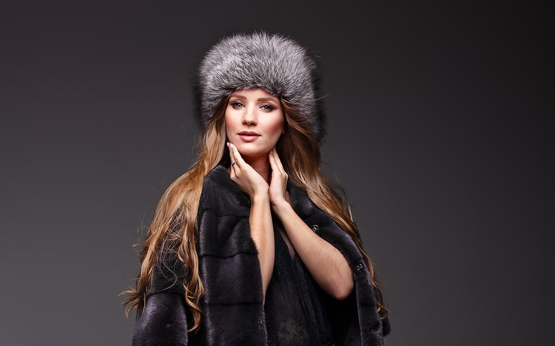 How to clean a natural mink hat at home